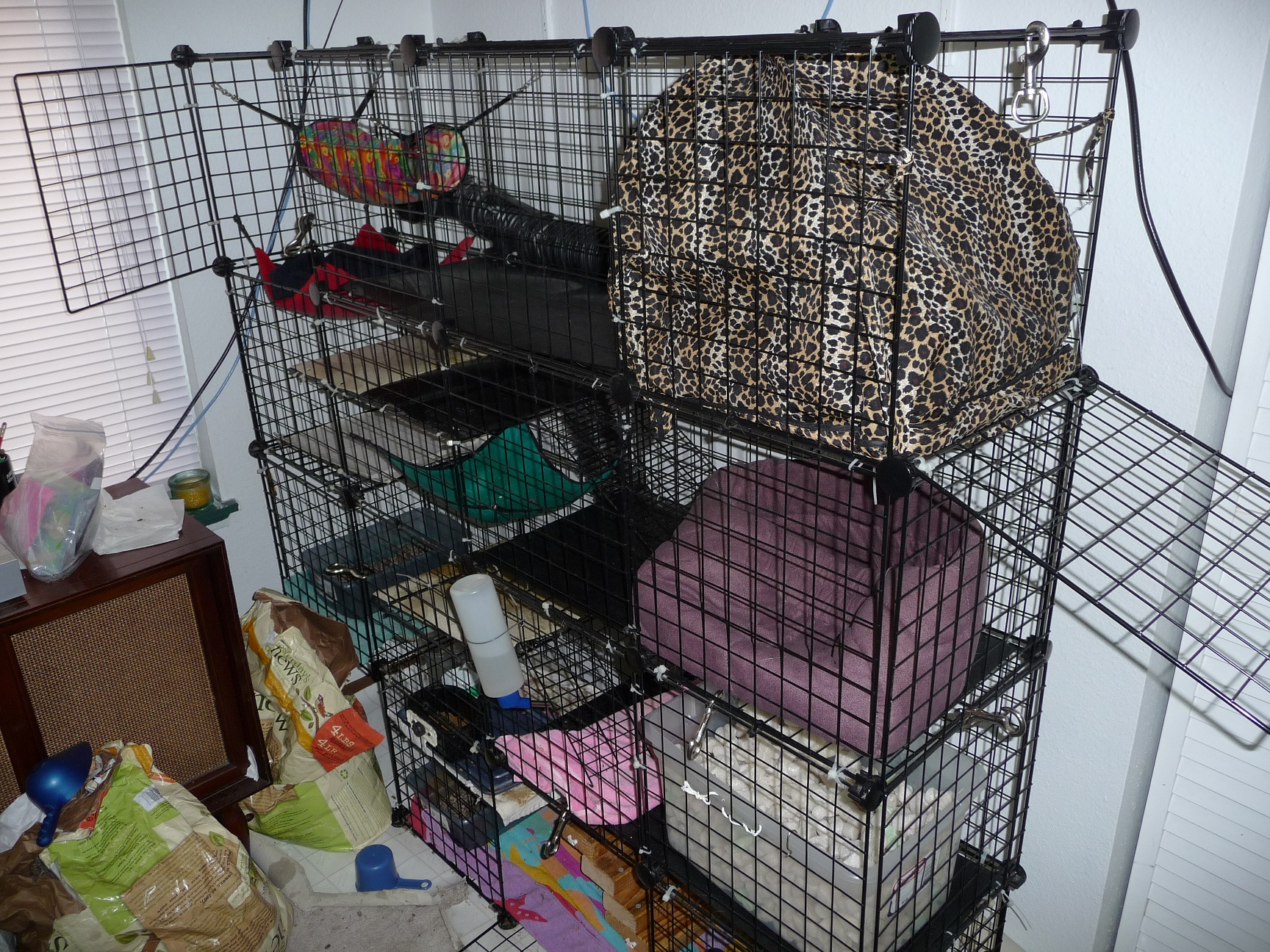 Diy ferret cages the image kid has it for Cheap c c cages